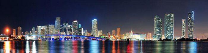 стеклянные фартуки ночной город
