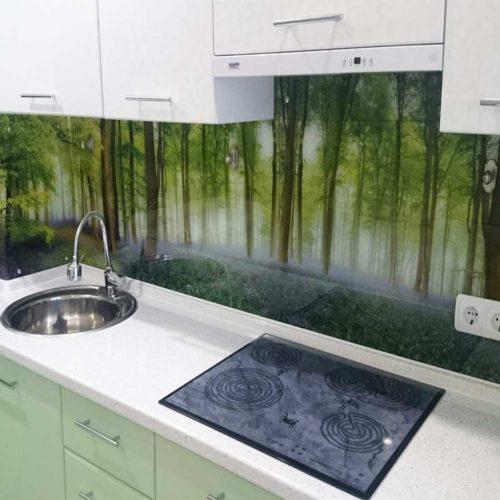Стеклянный фартук на кухню в скандинавском стиле