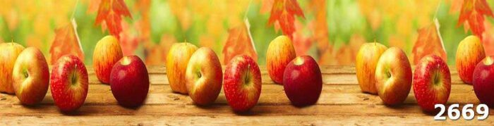 Фартук на кухне с яблоками