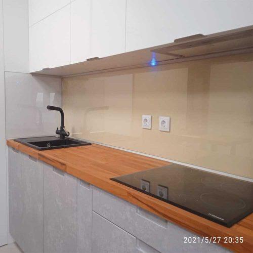 Стеклянный фартук прозрачный для кухни