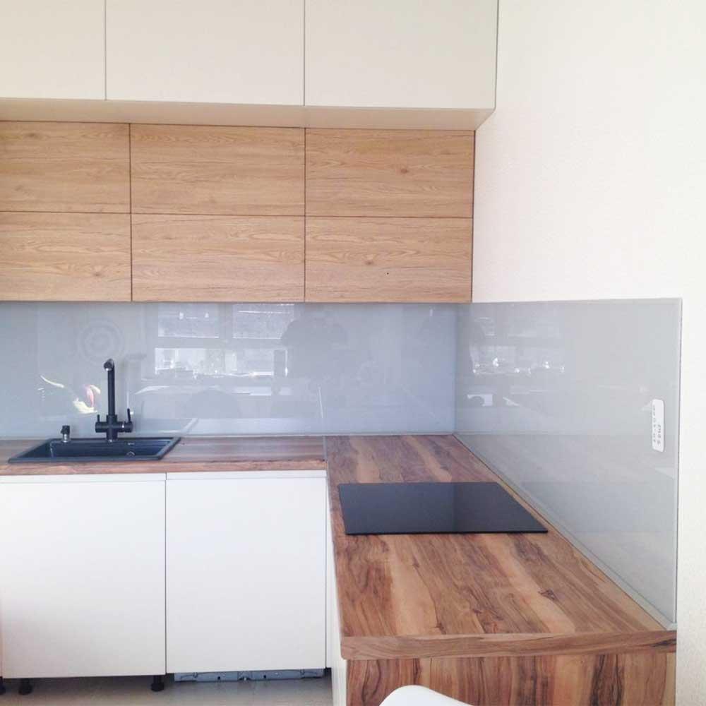 Кухонный фартук из стекла фото однотонный